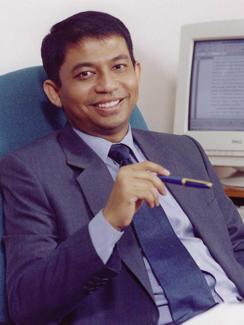 Prof. Dr. Mohamad Ikhsan, S.E., M.A.
