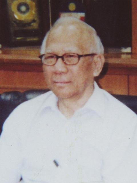 Prof. Dr. J.E. Ismael