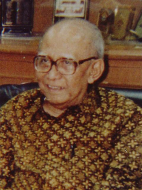 Prof. Dr. Widjojo Nitisastro
